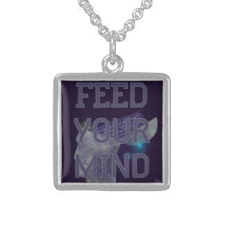 Alimente a su mente el collar pendiente adaptable