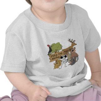 Alimente los animales camisetas