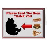 Alimente por favor el oso felicitaciones