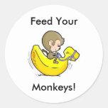 ¡Alimente sus monos! Pegatina Redonda