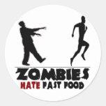 Alimentos de preparación rápida de los zombis pegatina redonda