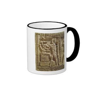 Alivio de Sobek y de Ptolomeo VI Philometor Taza