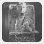 Alivio funerario de Athenourou, del Palmyra Calcomanías Cuadradas