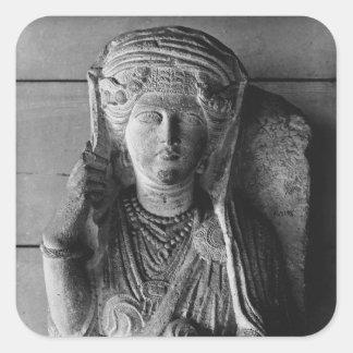 Alivio funerario de una figura femenina, del pegatina cuadrada
