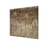 Alivio que representa a Seti I que hace un ofrecim Lienzo Envuelto Para Galerias