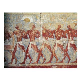 Alivio que representa desfile en honor de Hathor Tarjeta Postal