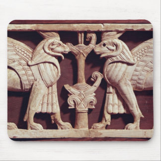 Alivio que representa dos griffons, de Arslan Tash Tapete De Ratón