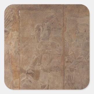 Alivio que representa Sargon II Calcomania Cuadradas