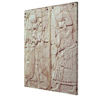 Alivio que representa una tenencia del guardia impresiones en lienzo estiradas