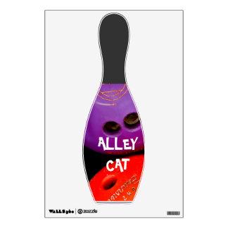 ALLEY CAT BOWLER WALL STICKER
