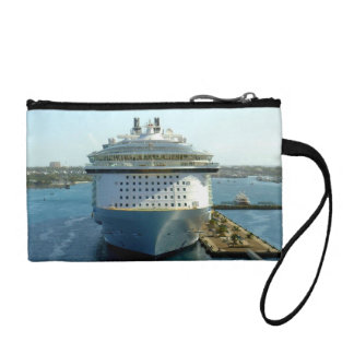 Alluring Bow Cruise Travel Coin Wallet