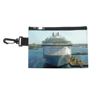 Alluring Bow Cruising Accessory Bags