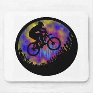Alma de la bici estacada alfombrillas de ratones