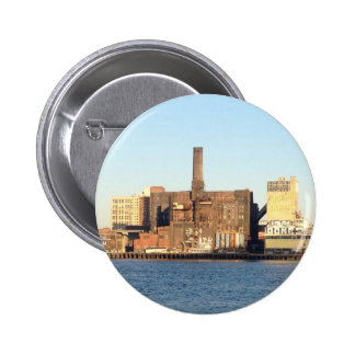 Almacenes de Brooklyn a través del East River Pin