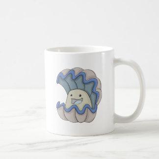 Almeja gigante feliz taza de café