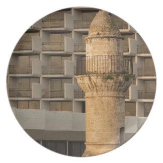 Alminar de la mezquita de la costa del al-Bahr del Plato De Cena