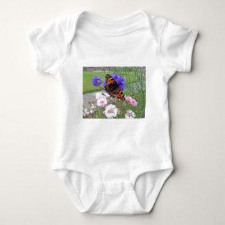 Almirante rojo mariposa mameluco de bebé