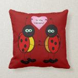 Almohada adorable del el día de San Valentín de la
