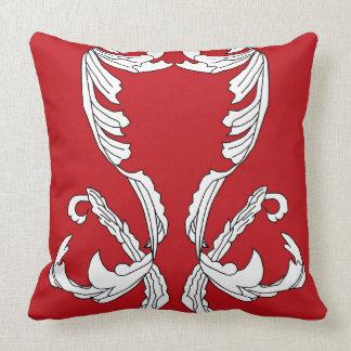 Almohada adornada de la decoración del vino rojo d