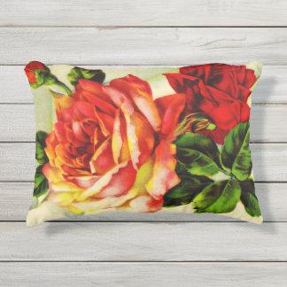 """Almohada al aire libre 16"""" del acento de Rosas Cojín Exterior"""