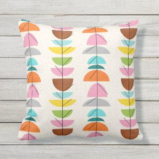 Almohada al aire libre de las jerarquías coloridas
