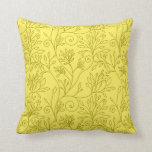 Almohada amarilla floral elegante