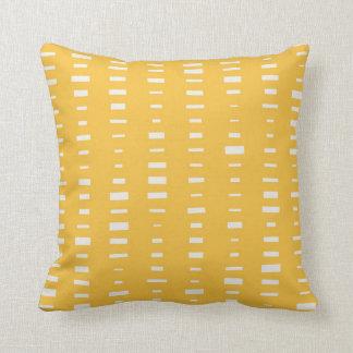 Almohada amarilla solar de la raya del bloque