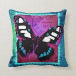 Almohada/amortiguador rosados de la mariposa