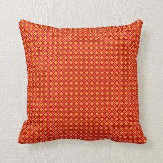Almohada anaranjada del diamante