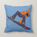 Almohada artística del snowboarder azul anaranjado