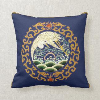 Almohada asiática del arte del pájaro en azul