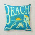 almohada azul clásica de la playa