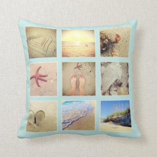 Almohada azul con playas su collage de las fotos d