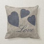 Almohada azul del amor de los corazones