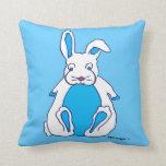 Almohada azul del conejito
