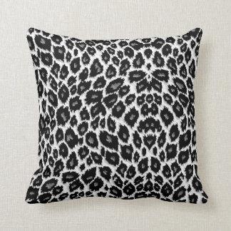 Almohada blanca del diseño del leopardo cojín decorativo