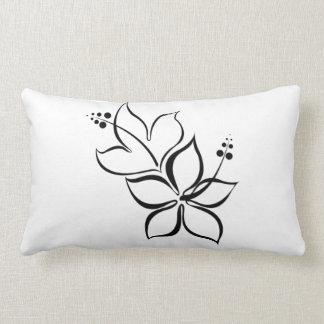 Almohada blanco y negro de la flor tropical cojín lumbar