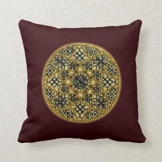 Almohada bordada oro cruzado hecho a mano falso de