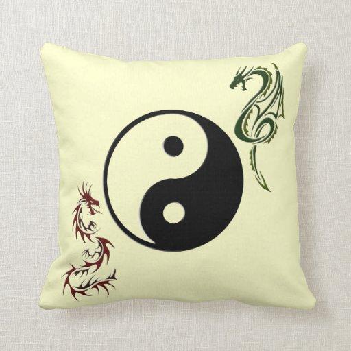 Almohada china del dragón de Ying Yang