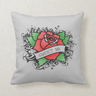 almohada color de rosa del dulce 16 del tatuaje cojín decorativo