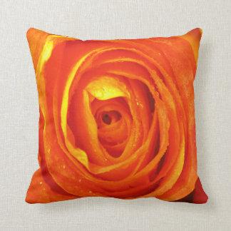 Almohada color de rosa roja y anaranjada amarilla cojín decorativo