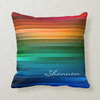 Almohada colorida de encargo de la raya del arco