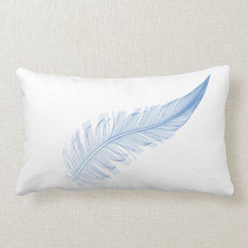 almohada con la pluma azul