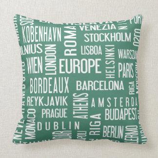 Almohada con las ciudades europeas, turquise