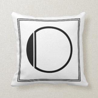Almohada con monograma de la letra O del art déco
