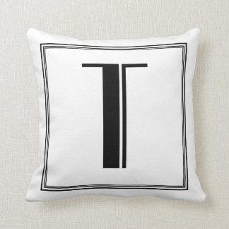 Almohada con monograma de la letra T del art déco