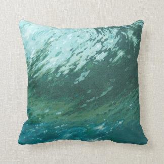Almohada costera de la playa de la resaca de la