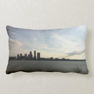 Almohada de cama del horizonte de Louisville