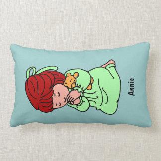 Almohada de encargo del rezo de la niña: Redhead Cojín Lumbar