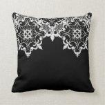 Almohada de Fleur De Lace Black Cojín Decorativo